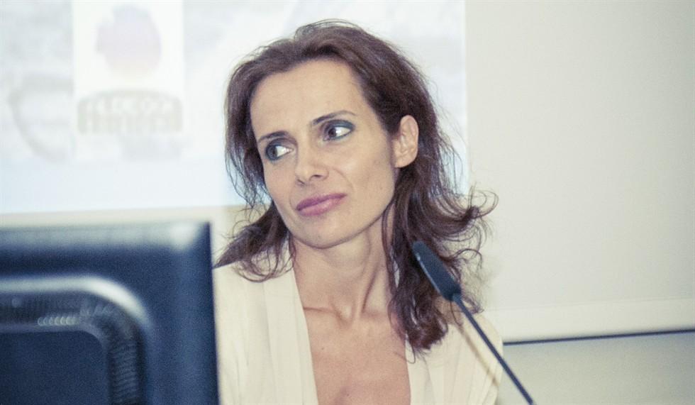 """""""L'anoressia delle passioni"""" raccontata da Serena Catastini"""