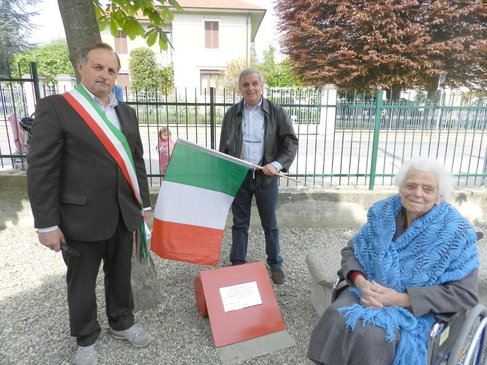 Bricherasio ha dedicato una targa commemorativa al partigiano Paolo Orfait