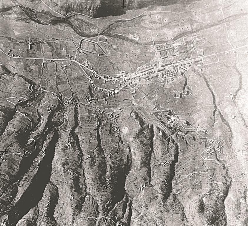 [ photo ] 1944. Quando a Villar cadevano le bombe