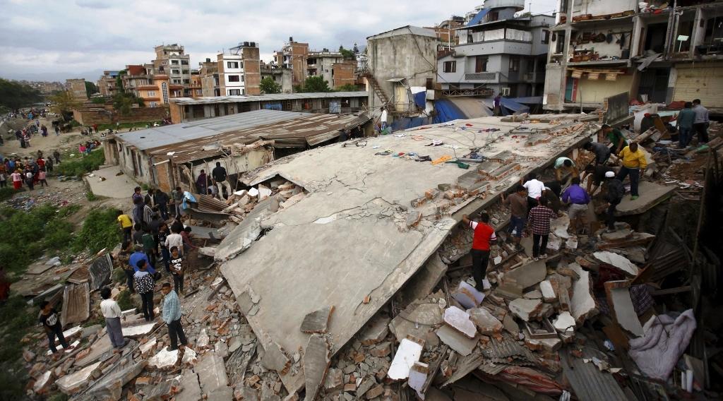 Terremoto in Nepal: la Chiesa italiana stanzia 3 milioni di euro per la prima emergenza
