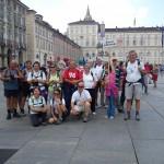 I pellegrini davanti a Palazzo Reale
