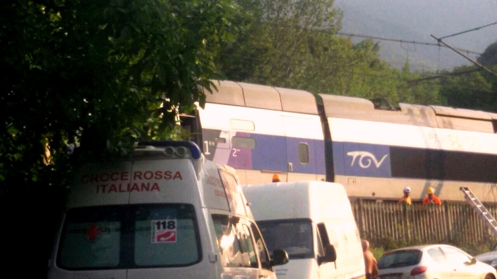 Tgv bloccato in Val Susa, non esclusa l'ipotesi di sabotaggio