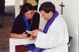 Anno Santo. Papa Francesco: tutti i preti potranno assolvere dal peccato di aborto