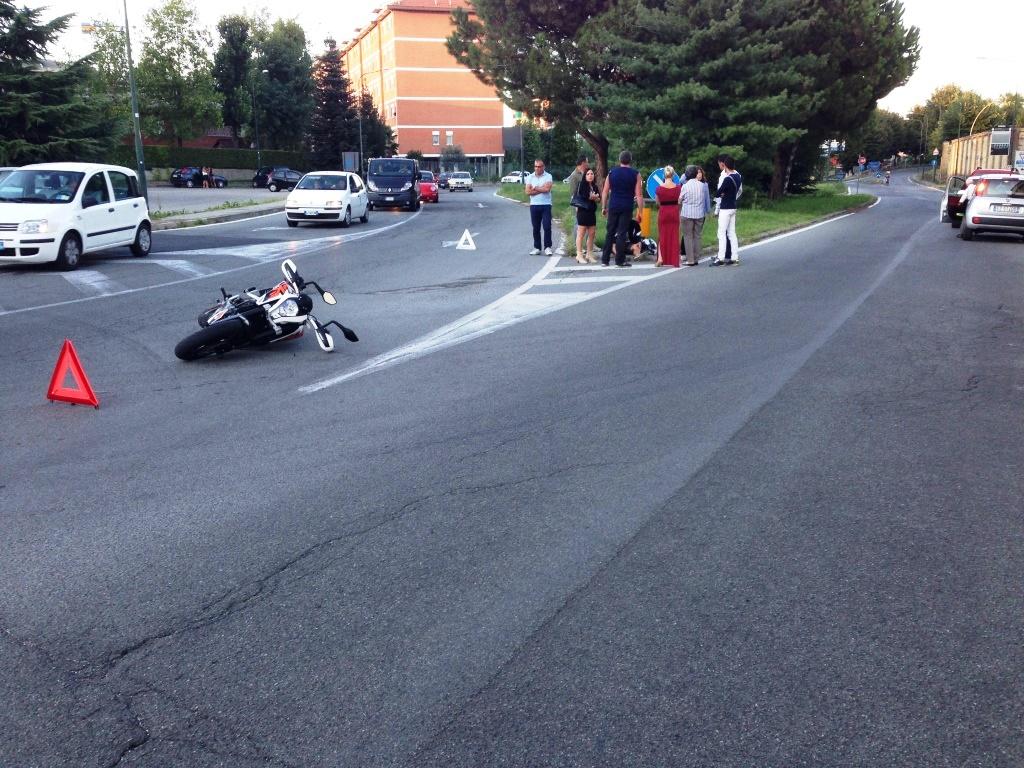 Tre incidenti stradali tra domenica e lunedì. Grave un ciclista