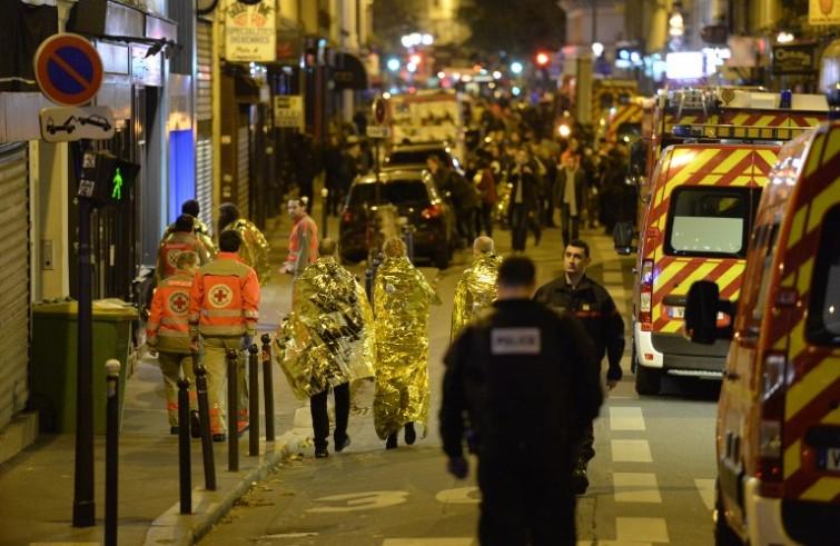 Dopo gli attentati di Parigi è il momento dell'unità