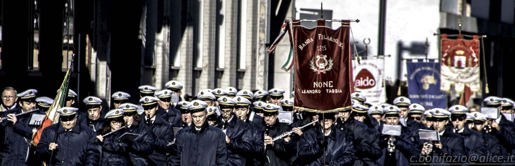 [Photogallery] A None  l'inaugurazione del monumento della Banda Filarmonica