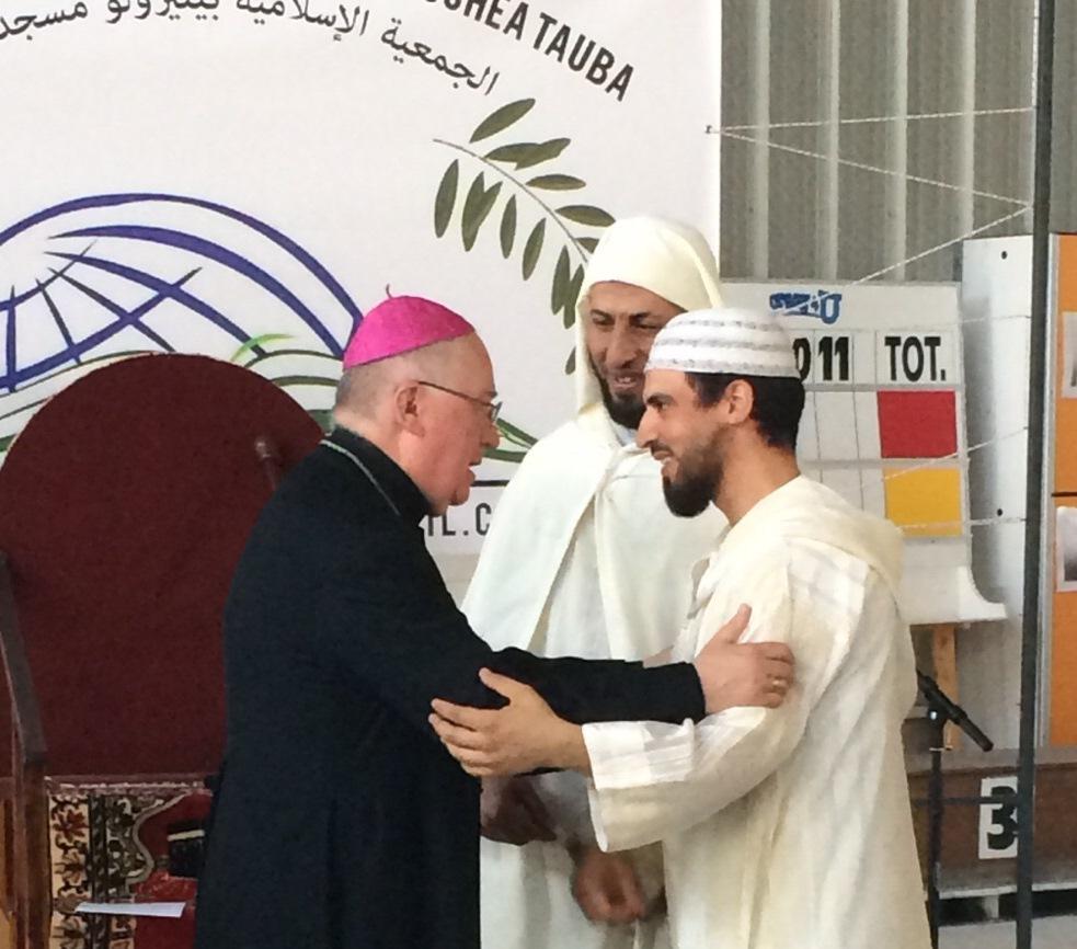 Attentati di Parigi. Il vescovo di Pinerolo ai fedeli islamici: troviamoci a pregare insieme