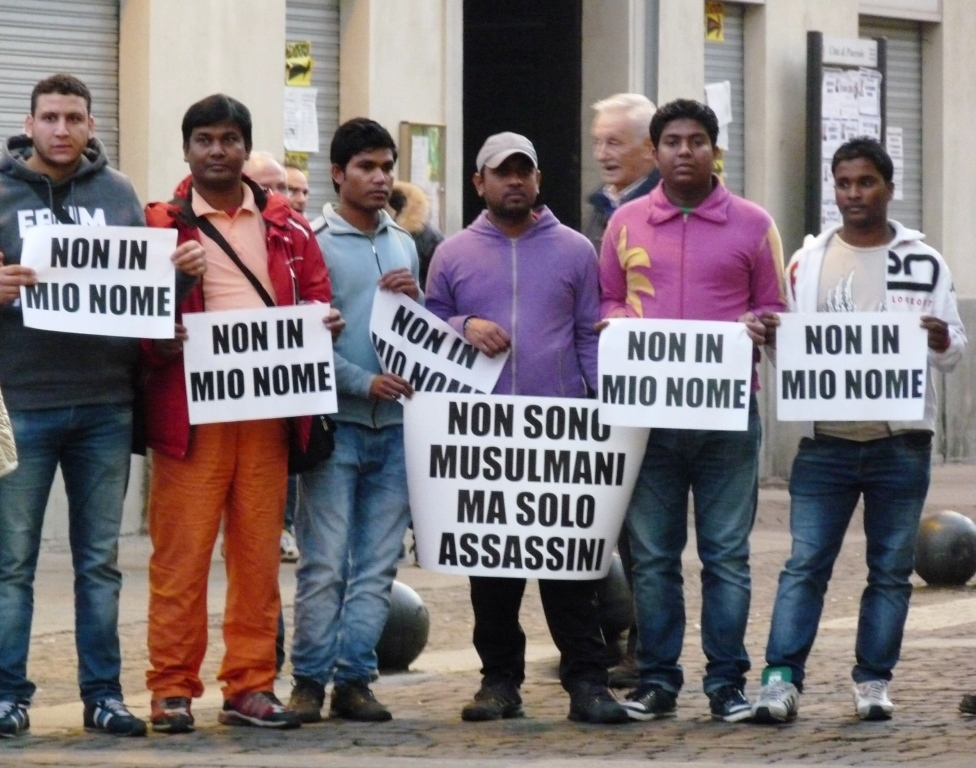[Photogallery] La comunità islamica di Pinerolo dice di no al terrorismo