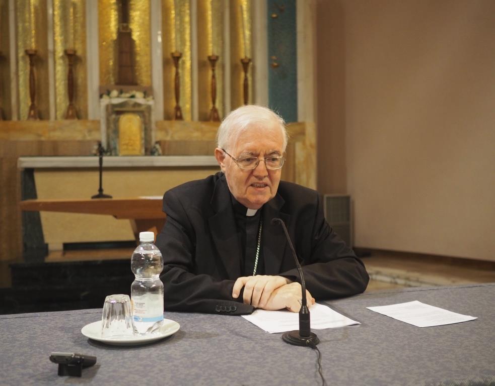 Verso Firenze 2015. Intervista a monsignor Cesare Nosiglia