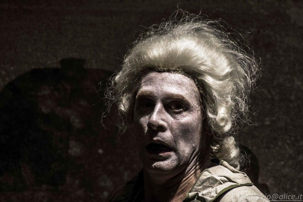 """[Photogallery] Sul palco del Teatro Pertini di Orbassano, """"Il Bugiardo"""" di Goldoni"""