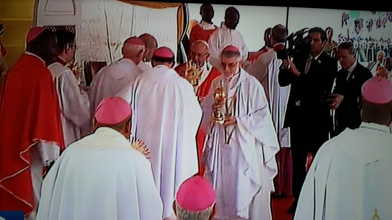 Monsignor Perin dopo il viaggio del Papa in RCA: ora bisognerà tradurre in pratica le buone intenzioni!