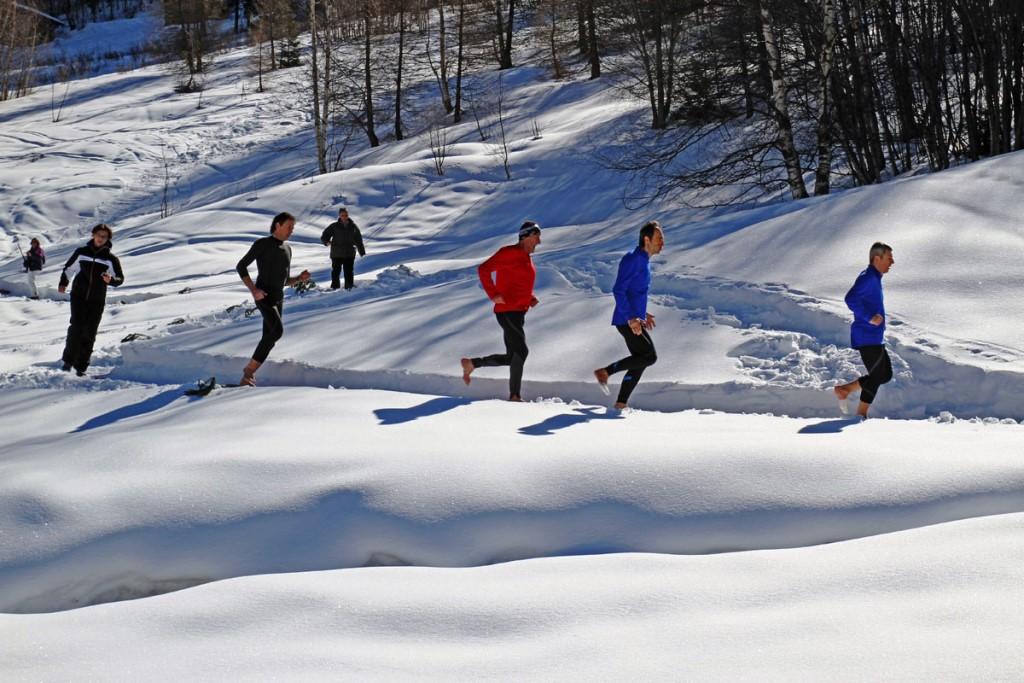Macugnaga. A piedi nudi sulla neve per correre verso la pace