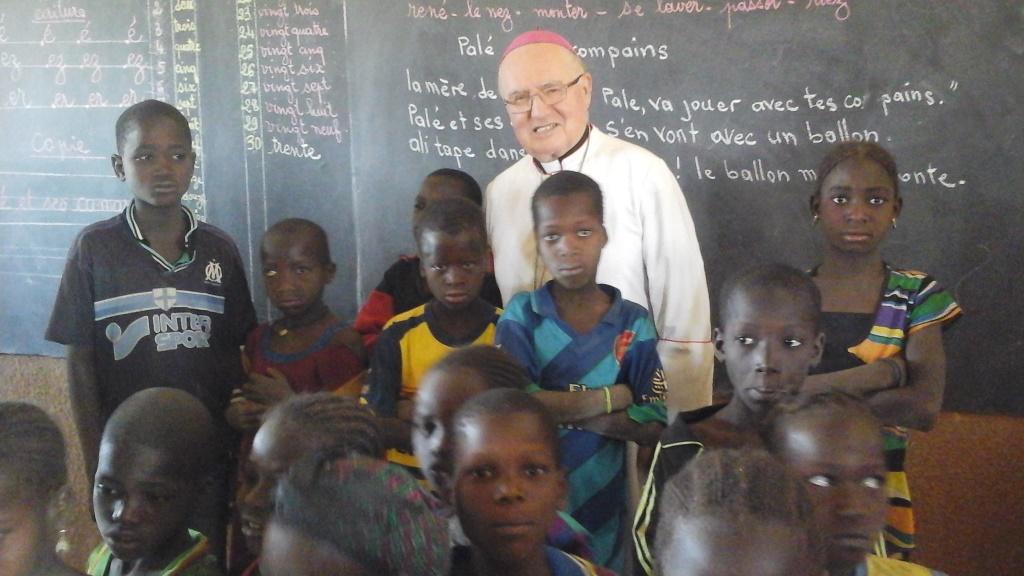 Monsignor Debernardi nel giorno del suo ottantesimo compleanno: trasformate in preghiere gli auguri