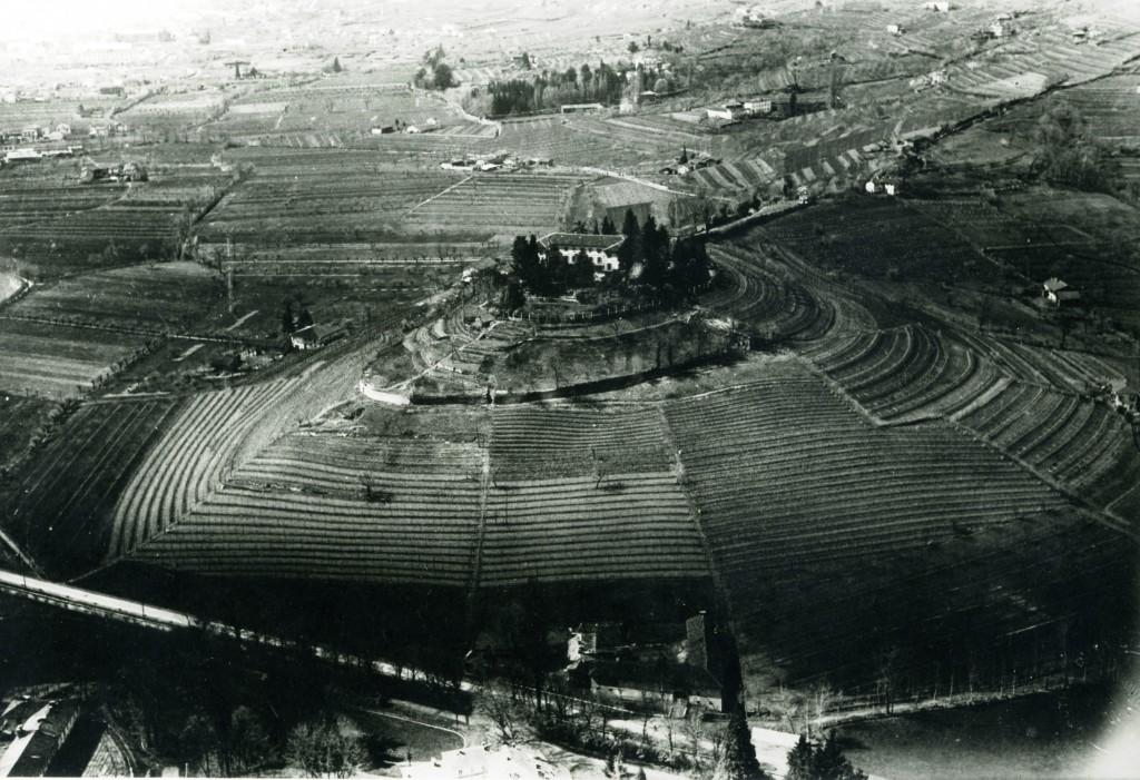 Una storica foto aerea di Monte Oliveto