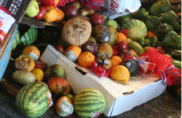 Il progetto di LVIA contro gli sprechi di cibo