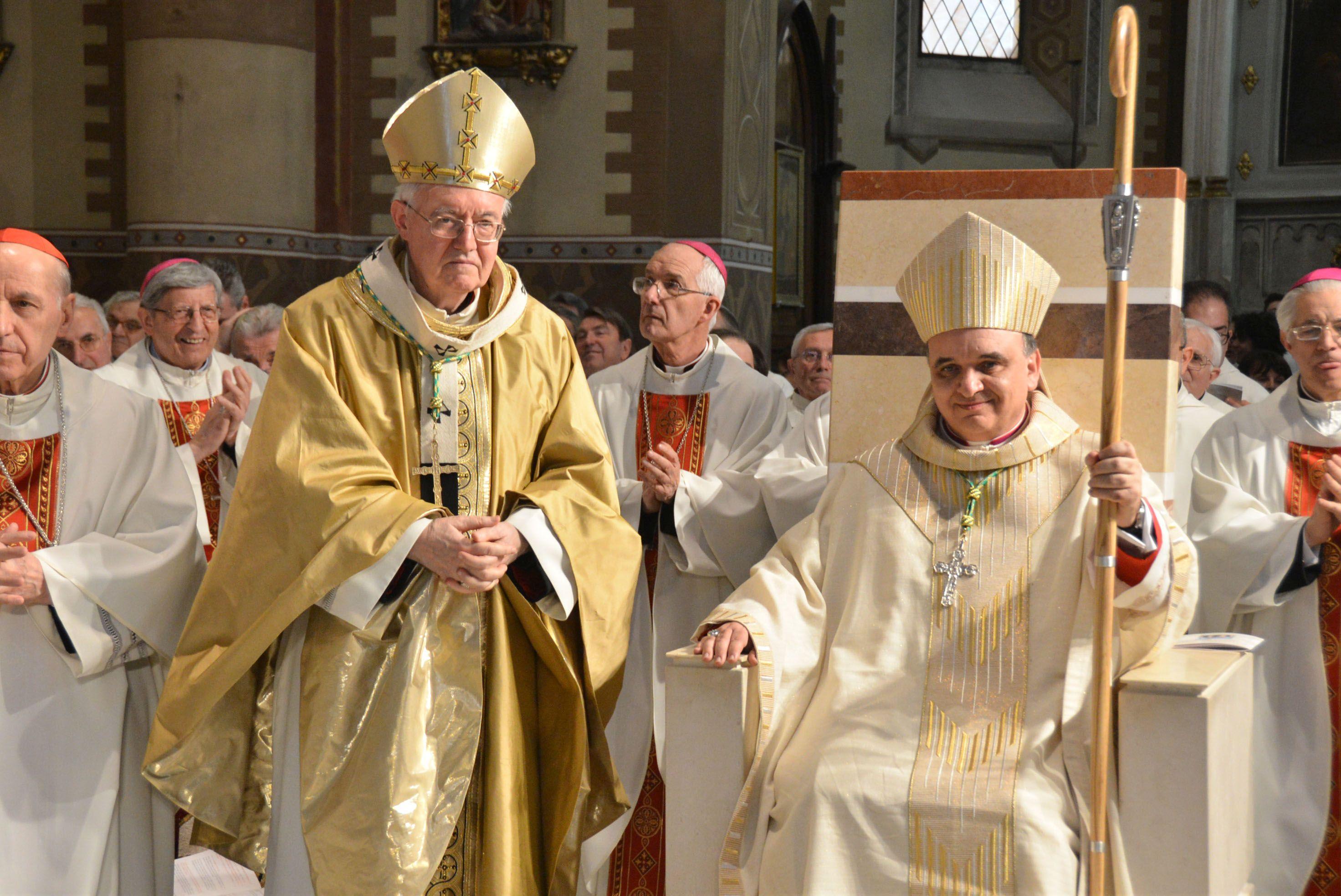 """Alba. Marco Brunetti, nuovo vescovo e """"apostolo della misericordia"""""""