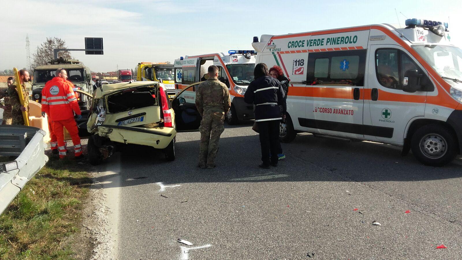 Pinerolo-Sestriere. Incidente stradale sulla SR23