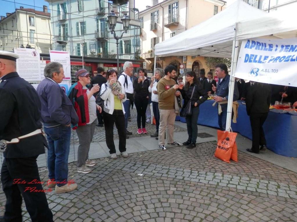 [Photogallery] In piazza Facta la campagna di prevenzione contro alcol e droghe