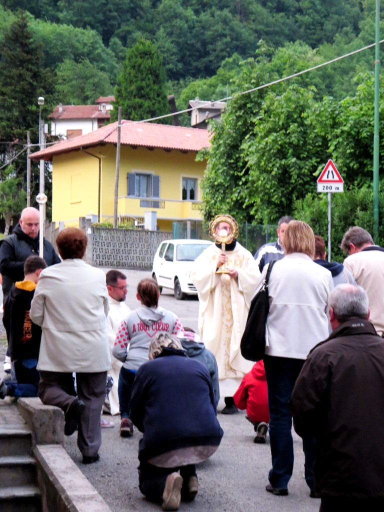 [Photogallery] Il 26 e il 28 maggio Corpus Domini a Pinasca e Perosa Argentina