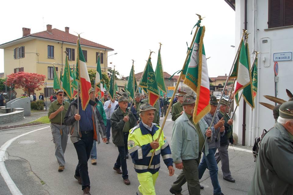 [Photogallery] A Macello l'Associazione degli Alpini ha festeggiato i 50 anni della sezione