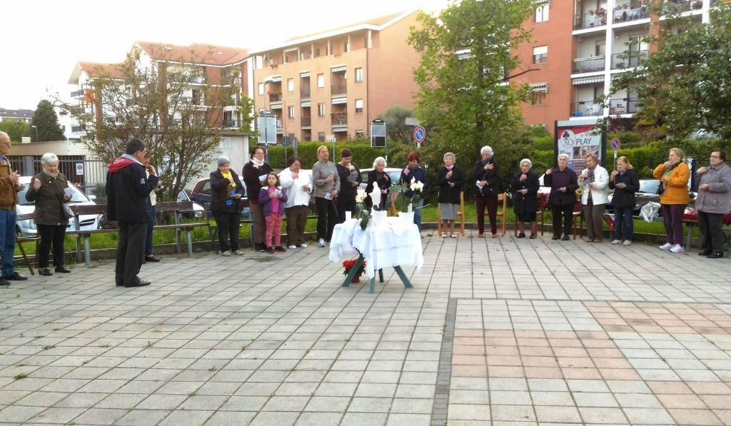 Pinerolo. In piazza per pregare con il rosario