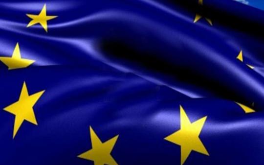 UNIONE EUROPEA IN ATTESA DELL'ESTATE