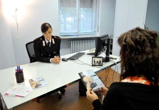 Torino. Incontro con i carabinieri per consigli contro le truffe agli anziani