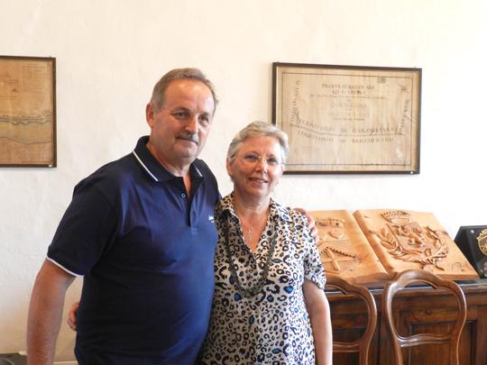 Va in pensione dopo 41 anni all'ufficio anagrafe: il saluto di Bricherasio a Maura Bonansea