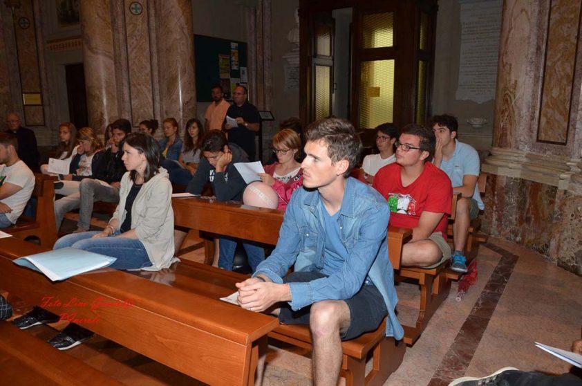 I giovani pinerolesi ricevono il mandato per la GMG