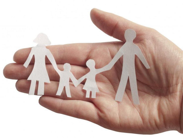hand_holding_family_cutout
