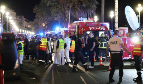 "Papa Francesco: condanna per ""follia omicida"" a Nizza"
