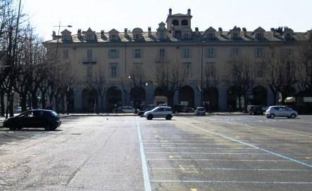 Pinerolo. Dall'8 al 20 agosto si parcheggia gratis