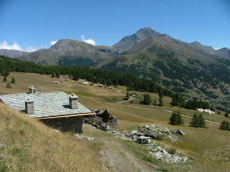 Monte_Motta_a_Sestriere,_Piemonte,_Italia