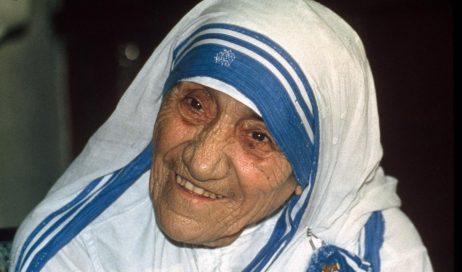 Madre Teresa Calcutta: su Tv2000 in diretta la canonizzazione con doc, film e speciali