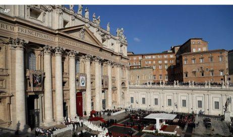 Papa Francesco ha firmato la lettera apostolica a chiusura del Giubileo