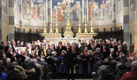[ Photogallery ] Pinerolo. Quattro cori per il concerto di Natale in Cattedrale