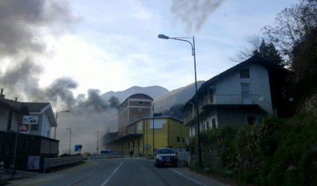 Perosa Argentina. Incendio al poligono di tiro, una morto e tre intossicati
