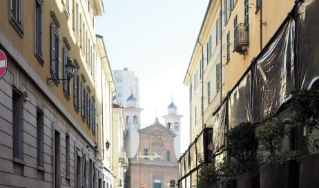 Pinerolo. Zona pedonale in via Trieste e piazza Facta: il sindaco ci ripensa