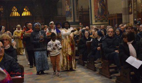 """[photogallery] Pinerolo. La """"Messa dei Popoli"""" in Cattedrale"""