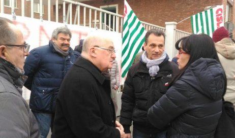 """Il vescovo di Pinerolo sul fallimento della Pmt: """"I lavoratori sono il bene più prezioso"""""""