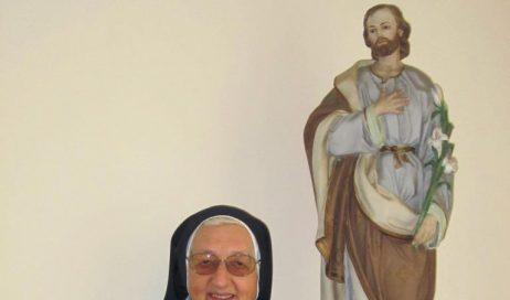 """A Pinerolo 17 profughe accolte nella """"casetta"""" delle suore di San Giuseppe. Parla madre Gabriella Canavesio"""