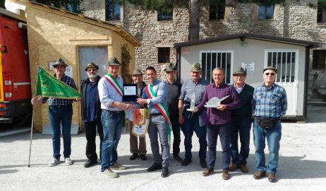 Gli alpini di CAVOUR nella Marche in nome della solidarietà