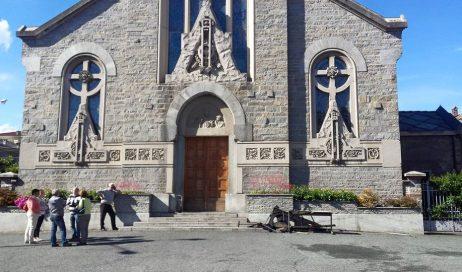Luserna San Giovanni. Incendio doloso nella chiesa Sacro Cuore
