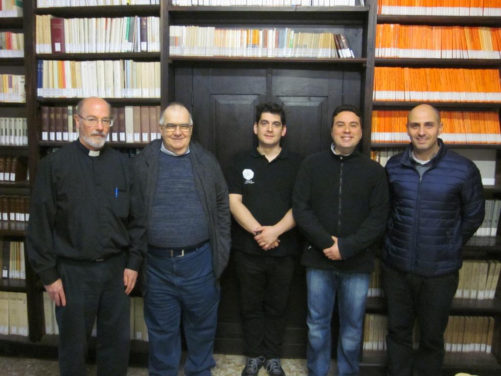 Da sinistra: padre Alan Hall, padre Sergio Zirattu e i tre novizi