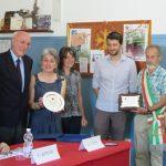 Da sinistra: Piero Piton, Alessandra Maritano,  Manuela Ressent, Martino Laurenti e il sindaco di Roure, Carlo Bouc