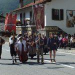 Corteo dei gruppi folkloristici (foto Bruno Galliano)