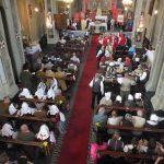 La messa dei figuranti (foto Bruno Galliano)