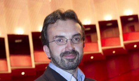 Pinerolo. Claudio Fenoglio è il nuovo direttore artistico del Corelli