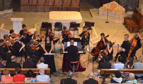 [ photogallery ] Pinerolo. Un successo il concerto diretto da Cappellin nella Basilica di Pinerolo