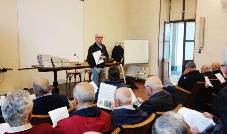 Primo incontro di mons. Olivero con preti e diaconi della diocesi di Pinerolo